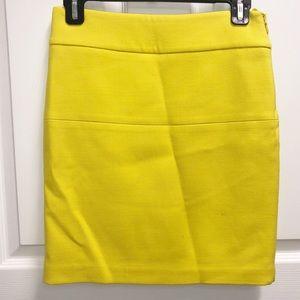 ☀️ CLUB MONACO ☀️ Yellow Wool Mini Skirt Size 0